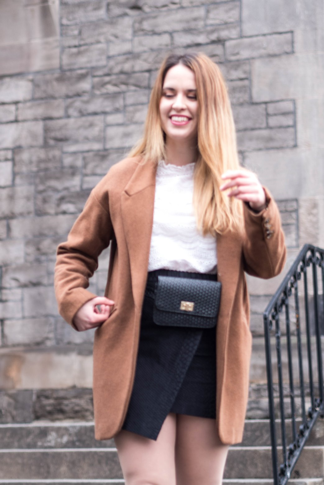 Fashion-Revolution-thrifted-blazer-black-bag-second-hand-shopping